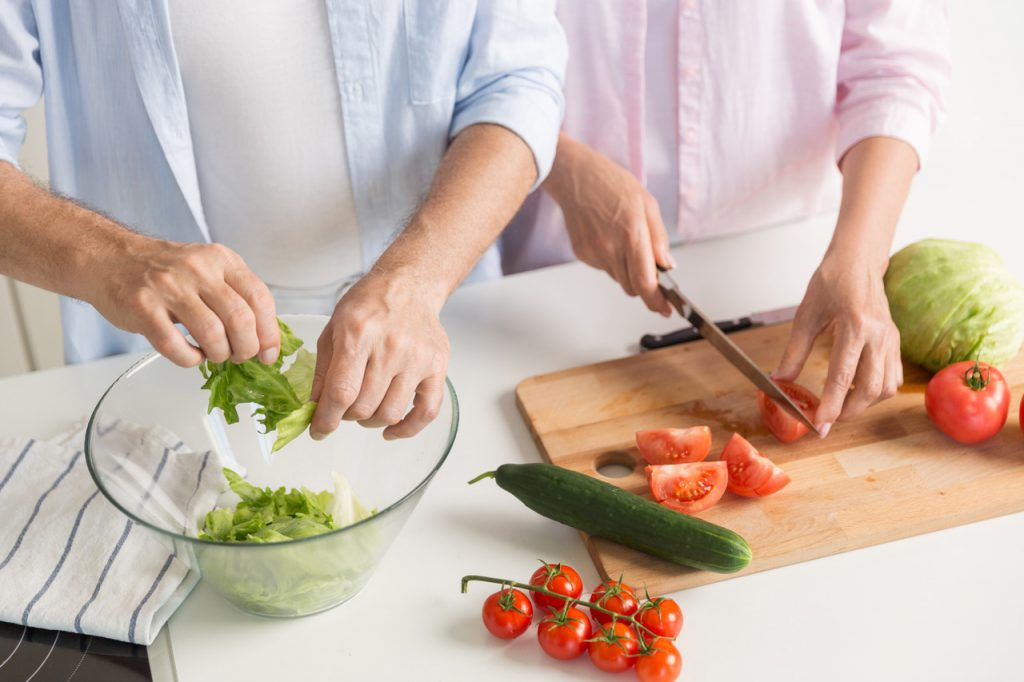 przygotowywanie zdrowego jedzenia